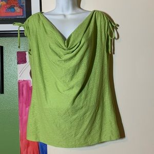 NWT Lovely Green Avenue Top